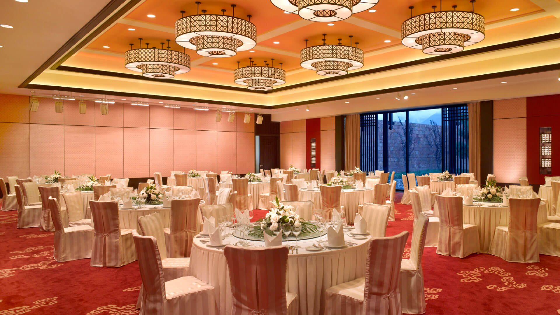 JADE DRAGON GRAND BALLROOM